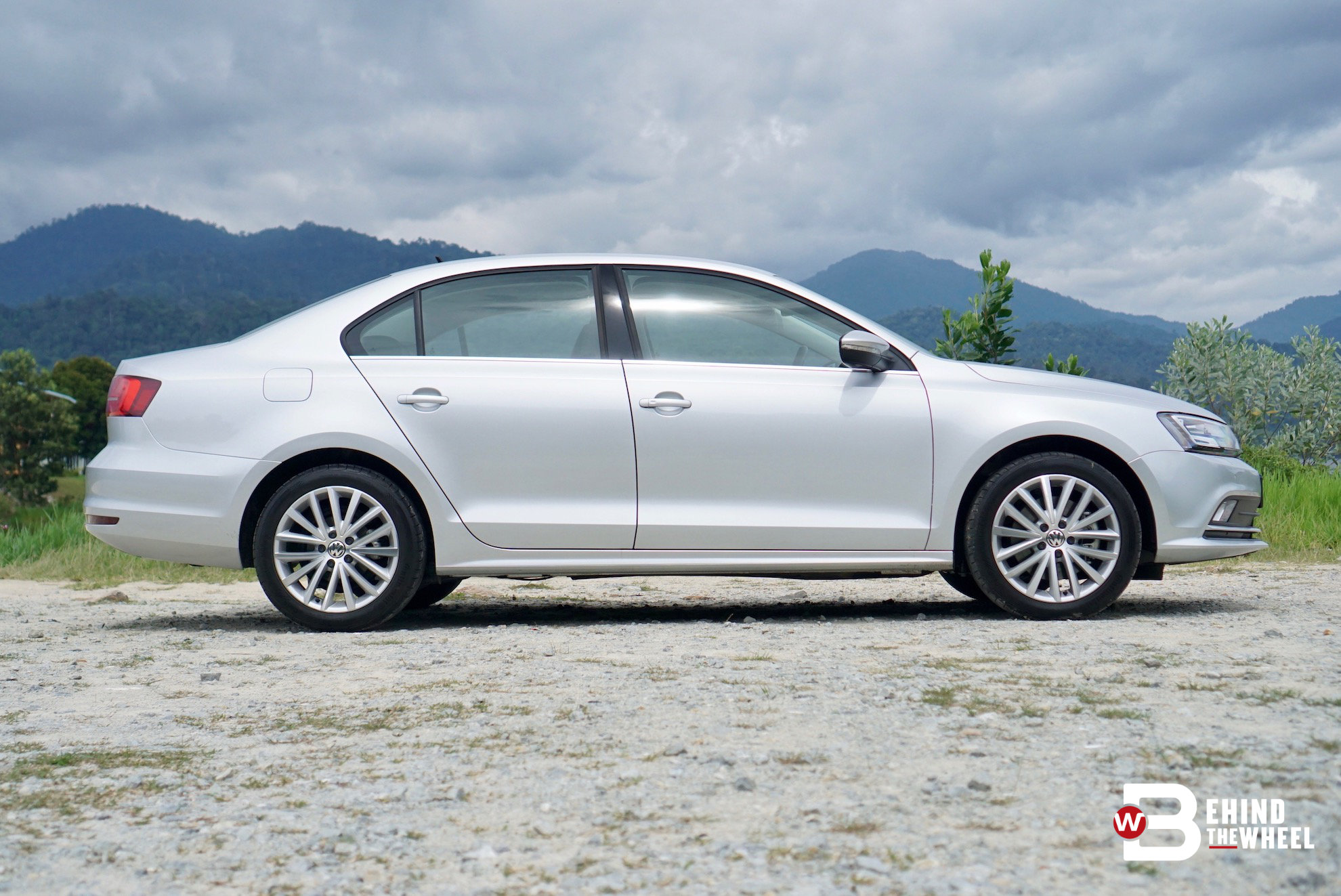 volkswagen jetta review when you like your sedans fast